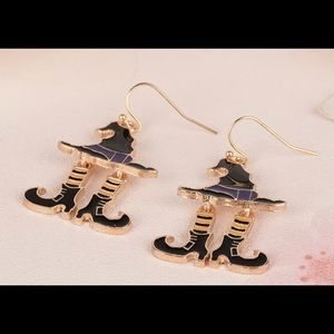 Adorable Fall Witch Earrings